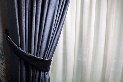 How To Clean Your Curtain Like An Expert